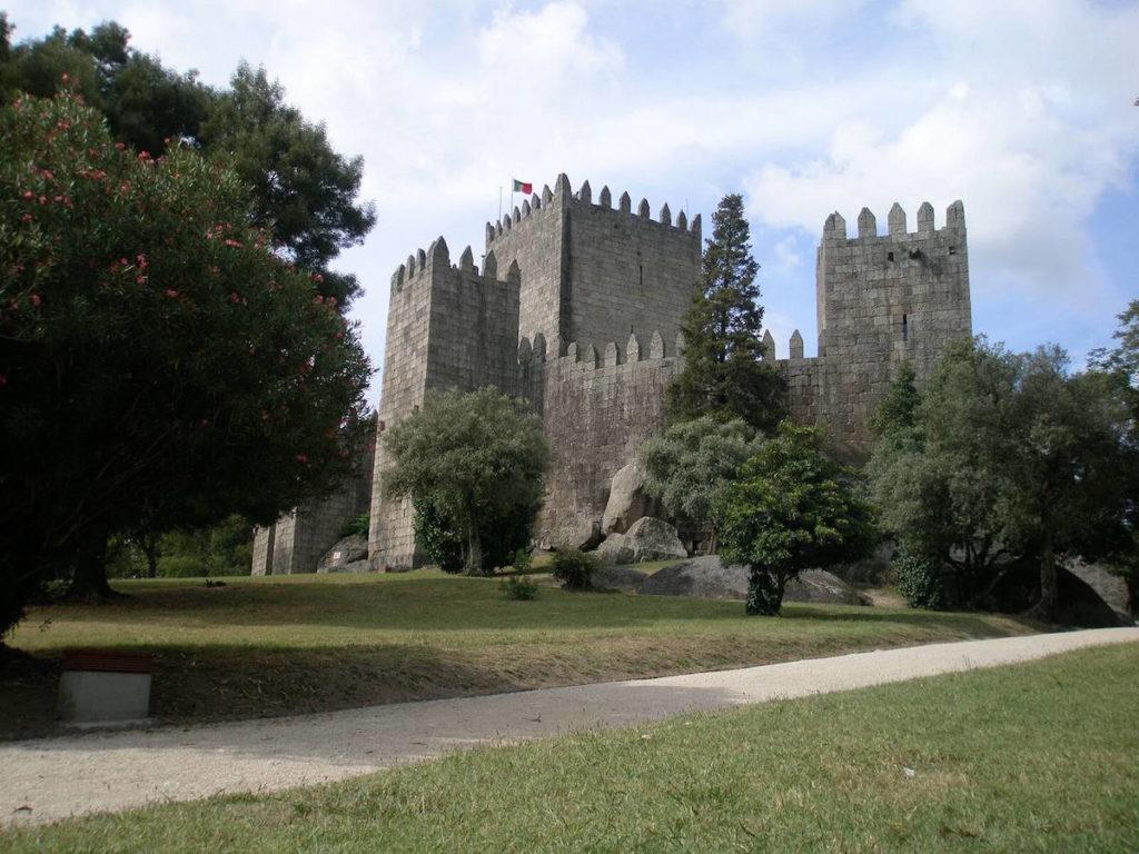 Het Kasteel van Guimarães is tevens een museum.