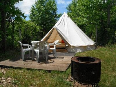 Tent Tipi Sahara glamping met terras