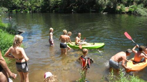 kayakken-zwemmen-rivier